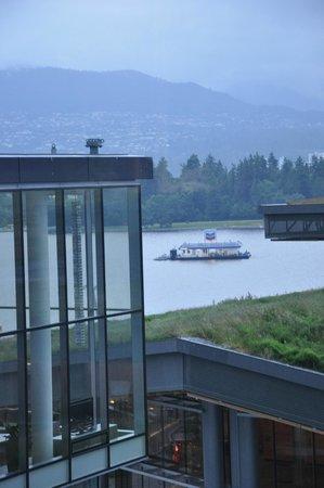 Fairmont Pacific Rim : Room View