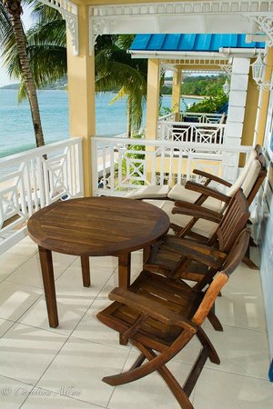 Villa Beach Cottages : Balcony with view