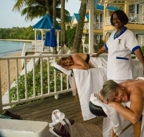 Villa Beach Cottages : Mary and couples massage
