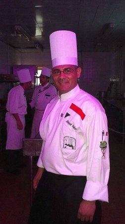 Mercure Hurghada Hotel: Шеф Ахмед Габер.