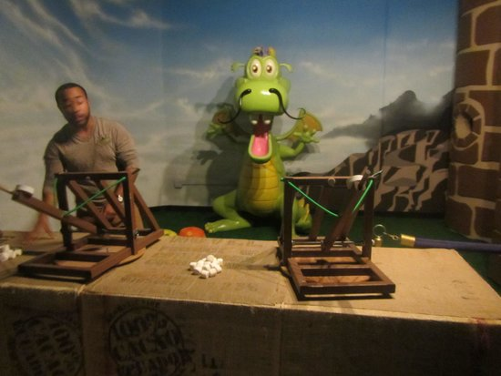 Chocolate Kingdom : Funny activity during Tour