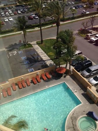 Anaheim Marriott Suites: Swimming Pool view from my room