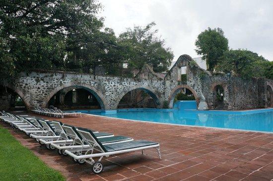 Hotel Hacienda Cocoyoc: The pool again