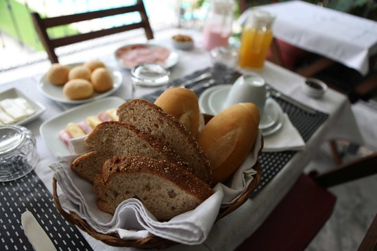 Villa Laurinda: Breakfast