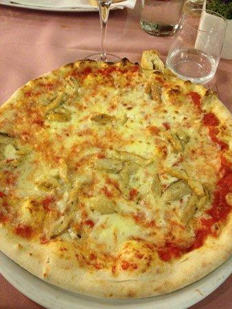 La Rustica : Pizza con porcini