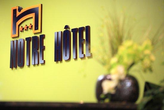 Notre Hotel : Réception Hotel