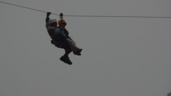 Los Establos Boutique Hotel: Zip Lining