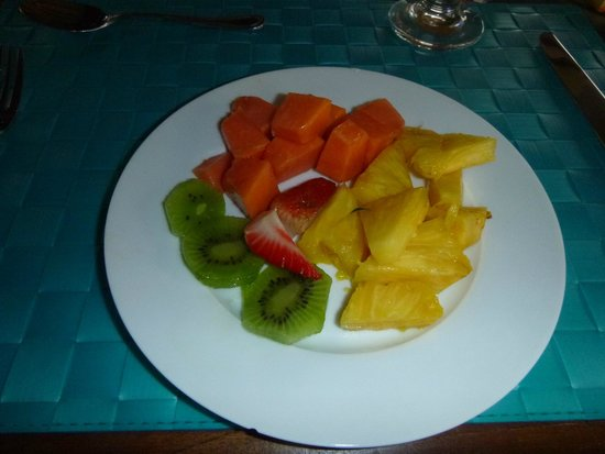 Los Establos Boutique Hotel: Breakfast fruit