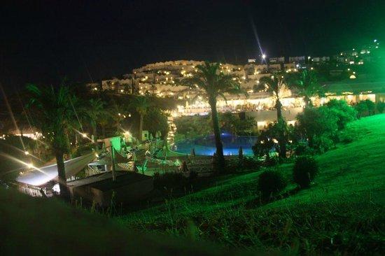 Yasmin Resort Bodrum: widok wieczorem