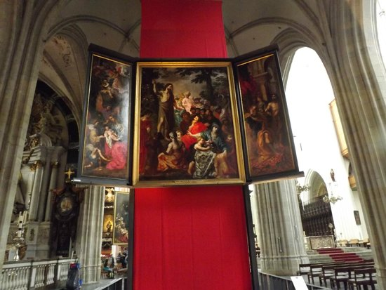 Cathédrale Notre-Dame d'Anvers : art on display