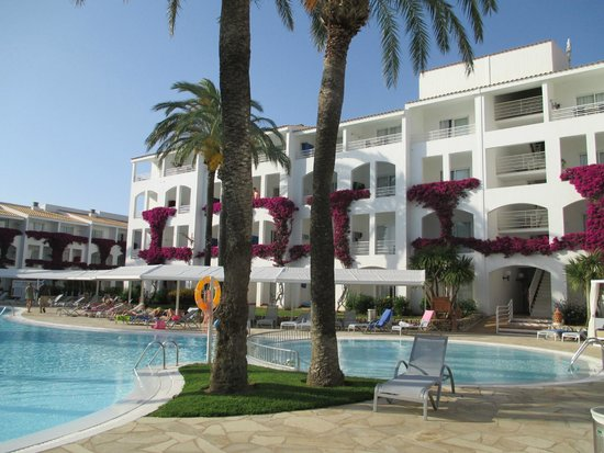 Prinsotel La Caleta: Central pool area (Hotel)