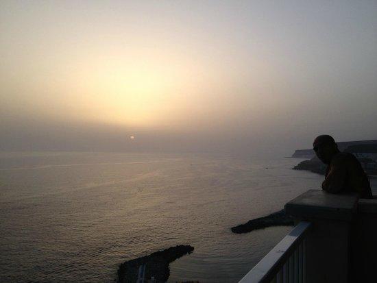 ClubHotel Riu Vistamar: Puesta de sol desde la habitación.