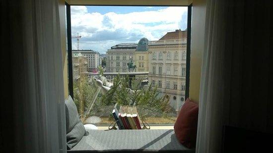 The Guesthouse Vienna: Aussicht aus dem Zimmer zur Albertina