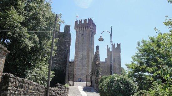 Albergo Eden : Castello Scaligero a Valeggio sul Mincio