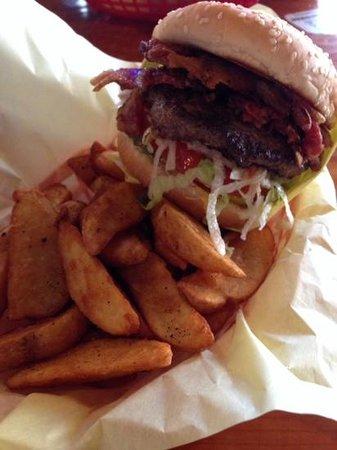 Hodad's : bacon burger