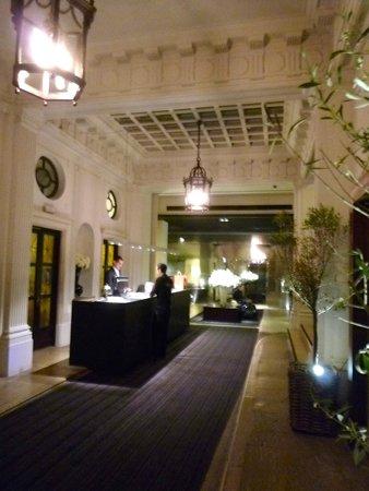 Grand Hotel Central: Lobby