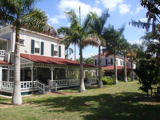 Fort Myers, FL: Winter Home of Thomas Edison