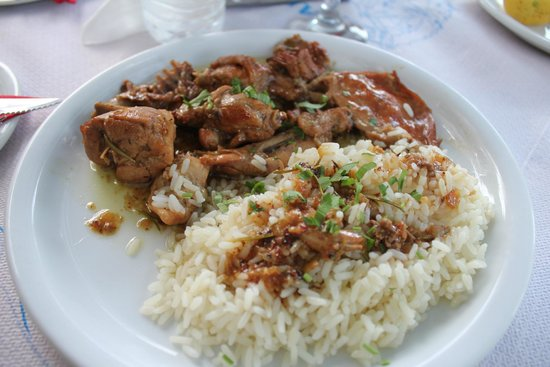 Karras Grill House Restaurant and Taverna: rabbit with rice