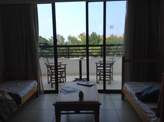 Avanti Hotel: half of our room