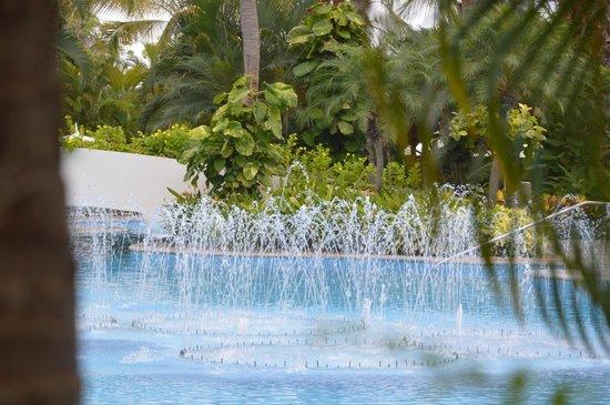 The Grand Mayan Nuevo Vallarta: family pool