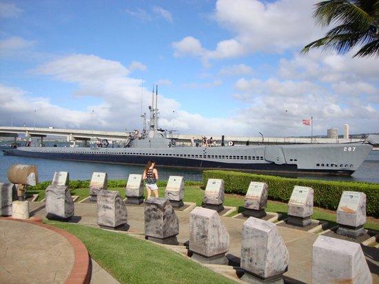 USS Arizona Memorial: Memorial Stones