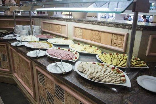 Saphir Palace & Spa: Breakfast