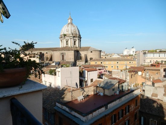 Boutique Hotel Campo de Fiori: View from the roof