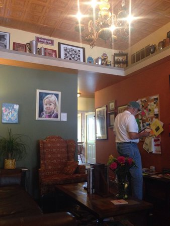 Jitterbug Coffeehouse: The back lounge