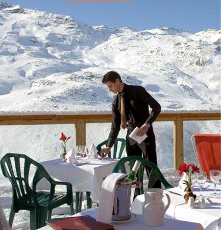 L'Ours Blanc Restaurant : Notre terrasse