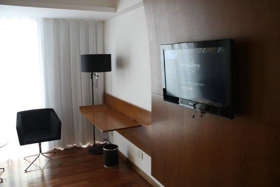 Hotel Boca by Design Suites: tv