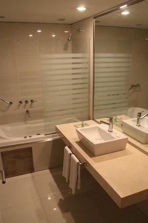 Hotel Boca by Design Suites: bagno