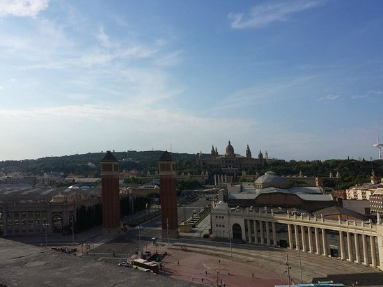 Catalonia Barcelona Plaza: view from roof top pool