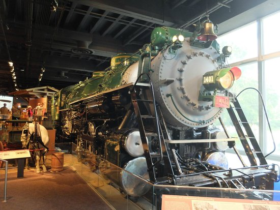 National Museum of American History: Mass transportation