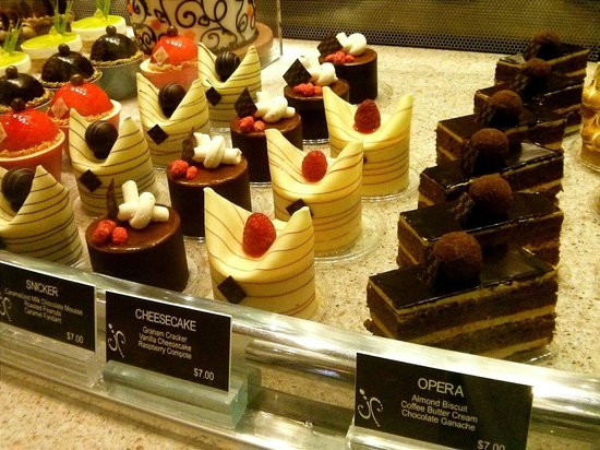 Jean Philippe Patisserie - Bellagio: Gorgeous desserts at Jean Philippe Chocolates and Pastries