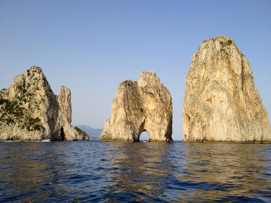 Banana Sport Capri Boat : The famous Faraglioni rock formations