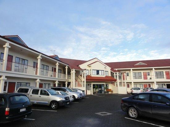 Aubyn Court Spa Motel : Aubyn Court Motor Lodge