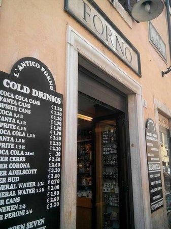 ingresso con prezzi - Foto di L\'Antico Forno di Fontana Trevi, Roma ...