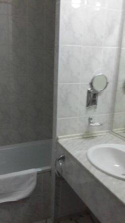 Best Western Plus Atakent Park Hotel: Ванная комната