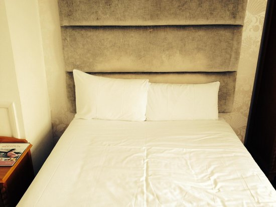 Kings Hotel: Bedroom