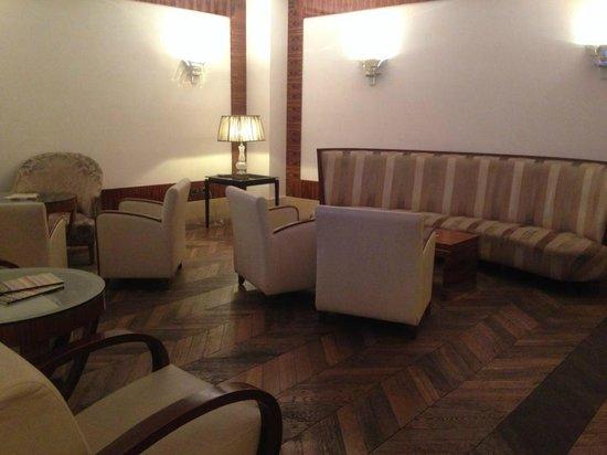 UNA Hotel Roma: Reception
