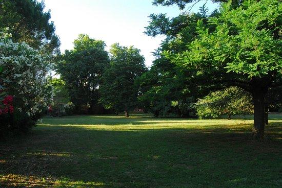 Domaine de Rhodes: Parco