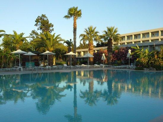Sun Palace Resort & Spa: piscine