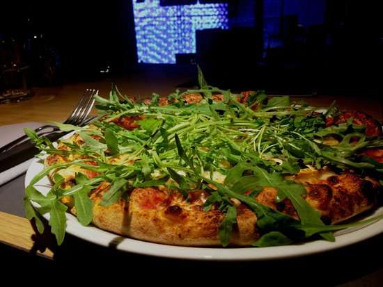 Villeneuve-la-Garenne, ฝรั่งเศส: Pizza Cabrita CAMAROSA Original Pizza