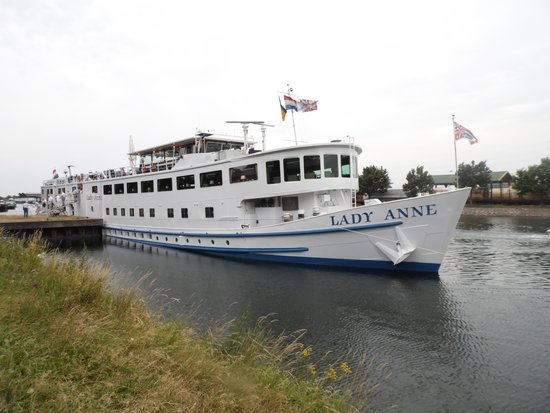 River Cruises: The Lady Anne