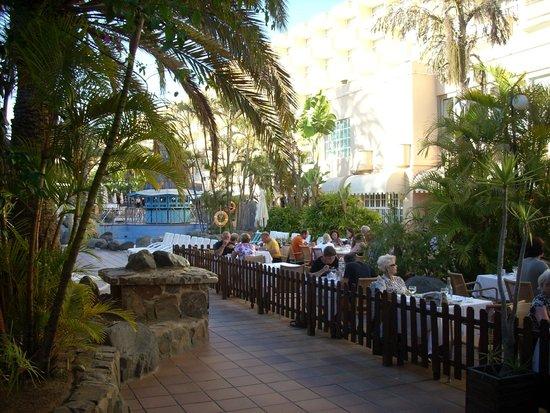 IFA Catarina Hotel: terrasse  du restaurant