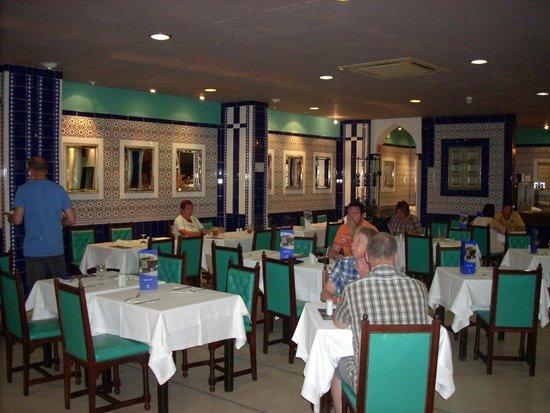 IFA Catarina Hotel: salle de restaurant
