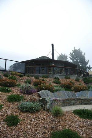 Treebones Resort : Lodge