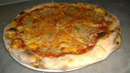 Pizzeria Daccapo: Pizza 4 queso