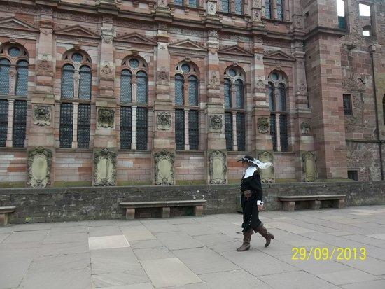 Schloss Heidelberg: vista frontal