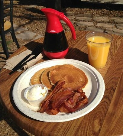Piper's Cafe: Just one of several breakfasts available at Piper's.